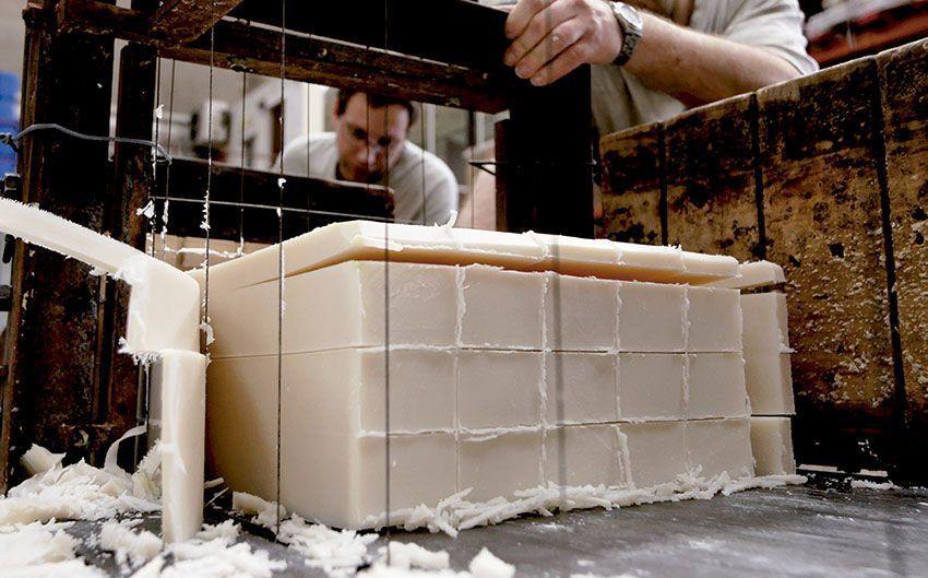 Jabón ecológico artesano natural Así se hace: Fabricar un jabón ecológico