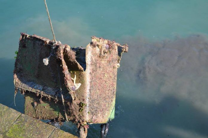 III Limpieza nacional de fondos marinos