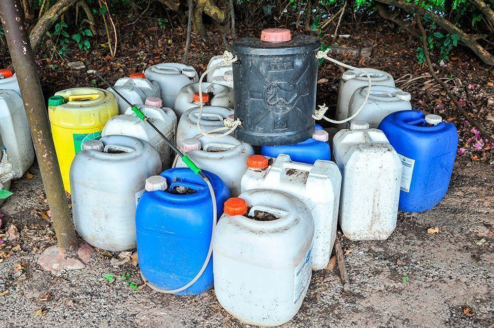 Los peligros de los fertilizantes químicos / Els perills dels fertilitzants químics