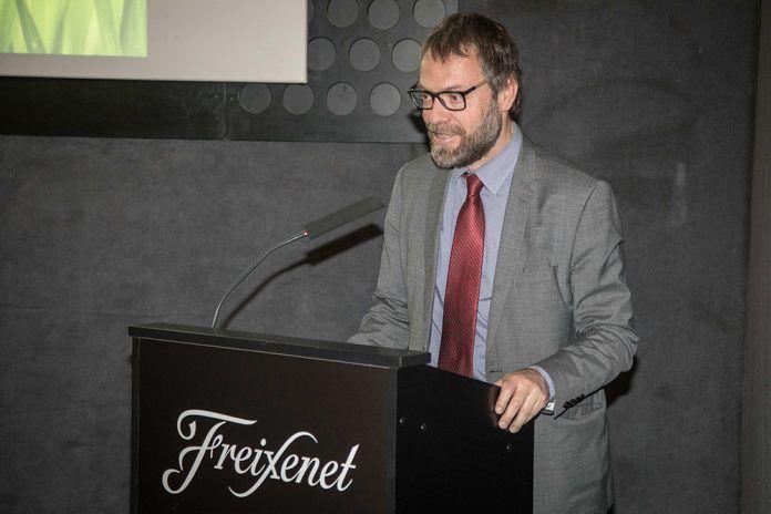 """""""En el ADN de Santiveri siempre está presente la funcionalidad y la innovación en favor de unos hábitos de vida saludables"""" Enrique Torres administrador de Santiveri"""