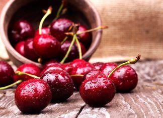Cereza la perla roja fruta de temporada cirera fruita de temporada
