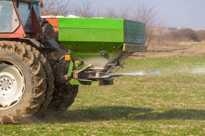 Microorganismos vs fertilizantes químicos: al rescate del suelo microorganismes fertilitzants