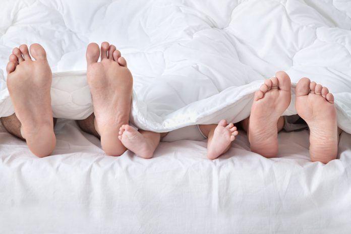 Reflexología podal (II): Los pies, espejo de nuestra salud y memoria de nuestra vida Els peus, mirall de la nostra salut i memòria de la nostra vida