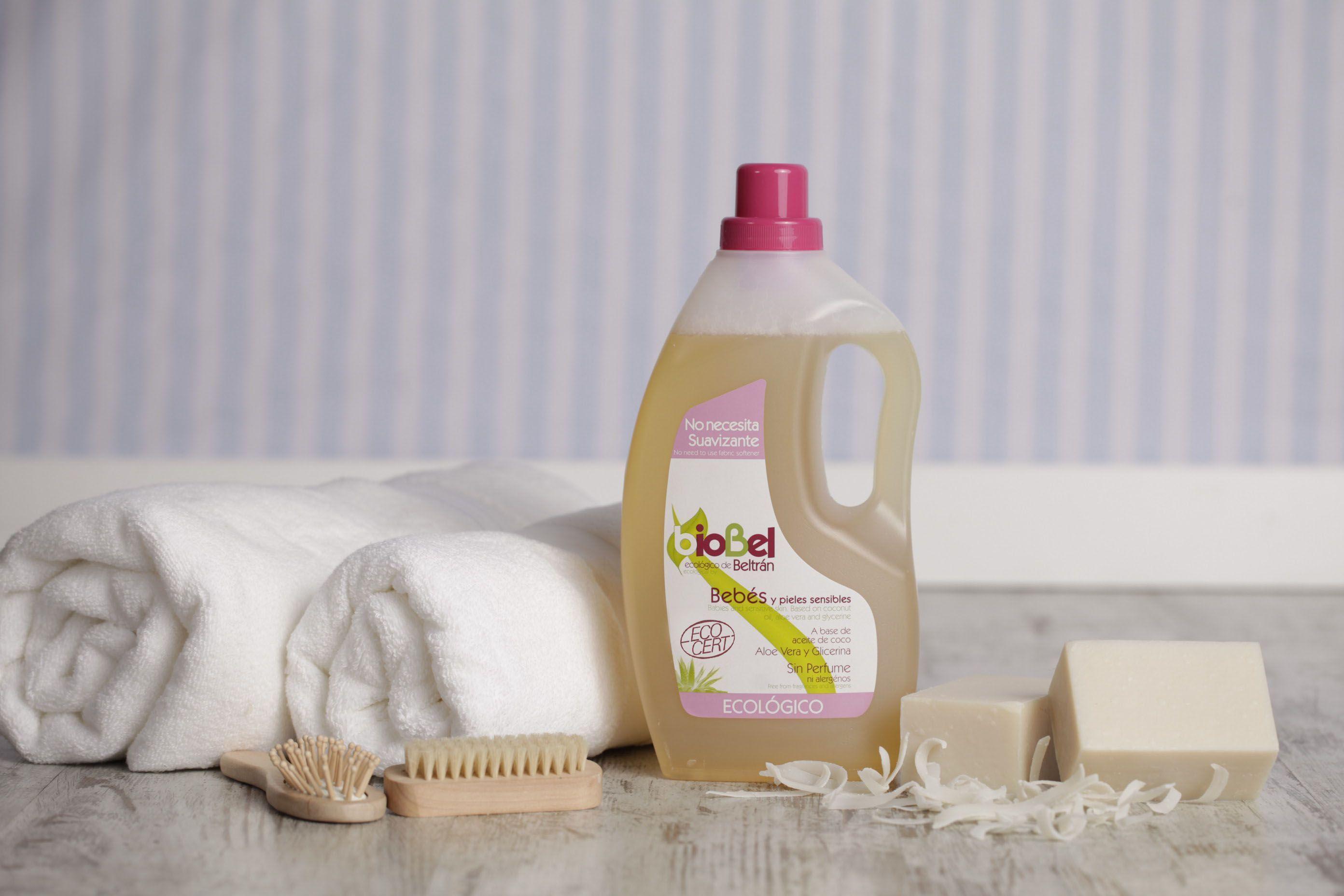 Limpieza y cuidado natural de la ropa del Bebé