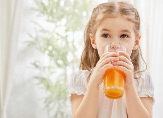 Nutrición infantil: ¿Qué debemos darles de comer cuando están resfriados?