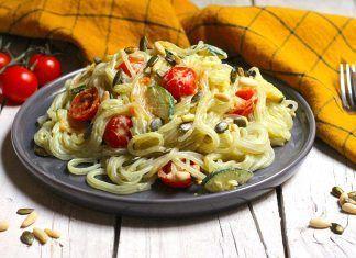 Receta: Espaguetis a la Carbonara de Coliflor y Cúrcuma