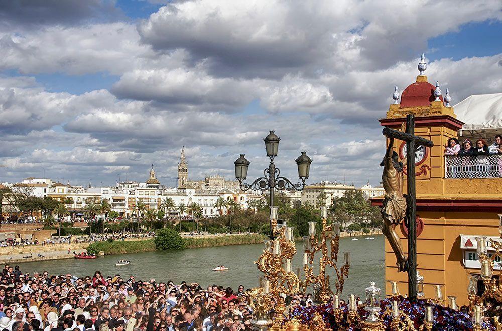 Cinco propuestas de viaje para Semana Santa en España