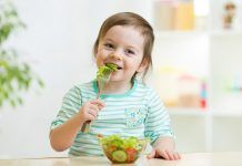 Aliments crus en l'alimentació infantil