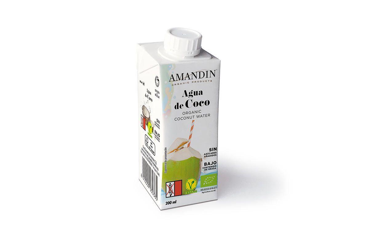 Hidrátate de la forma más fresca y deliciosa con la Nueva Agua de Coco Ecológica de Amandín