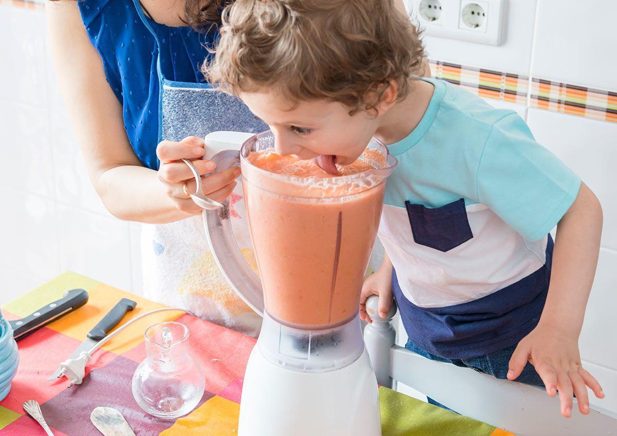 Los gazpachos con frutas también son apropiados para niños más mayores.