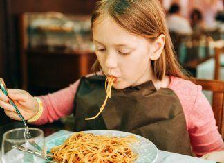 Per què s'ha de mastegar el menjar durant més temps?
