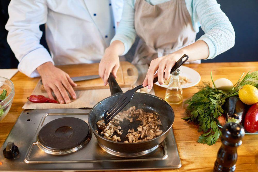 Diferents mètodes de cocció d'aliments per a diferents finalitats