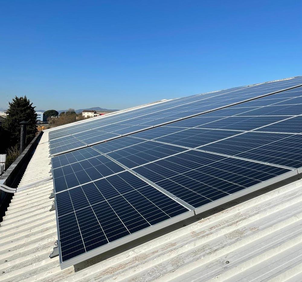 Corpore Sano reduce de nuevo la huella ambiental de sus cosméticos con su propia instalación solar