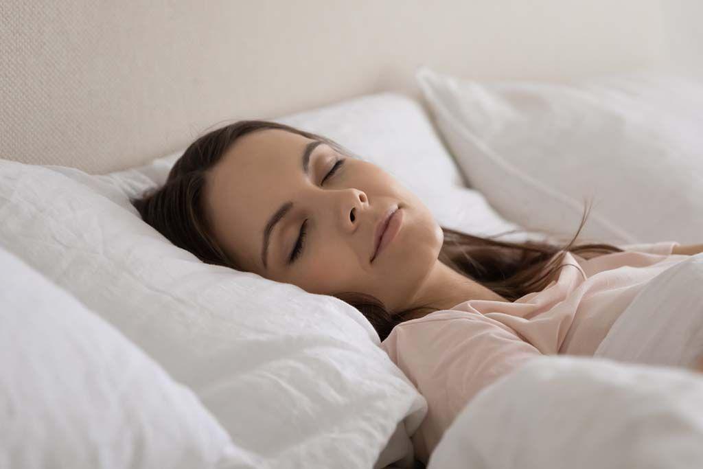 5 alimentos que te ayudan a dormir mejor